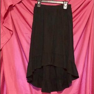 🥰 Black Hi-Lo knit skirt 🥰
